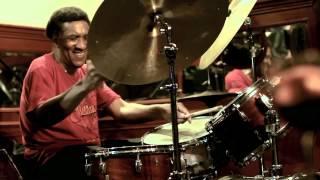 "Albert Sanz trío featuring Al Foster & Javier Colina ""Desesperar Jamais"""