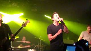 Simple Plan - Astronaut (live In London @ Rentless Garage June 8th, 2011)