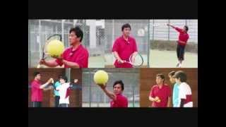 テニスボールの回転を自在に操るようにできる最短の方法とは?杉山愛選手公認コーチが教えるサービスの確率を格段にアップさせる術