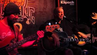 "JJ Grey & Mofro - ""Light A Candle"" (Live In Sun King Studio 92 Powered By Klipsch Audio)"