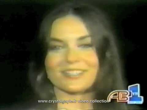 Crystal Gayle - talking in your sleep