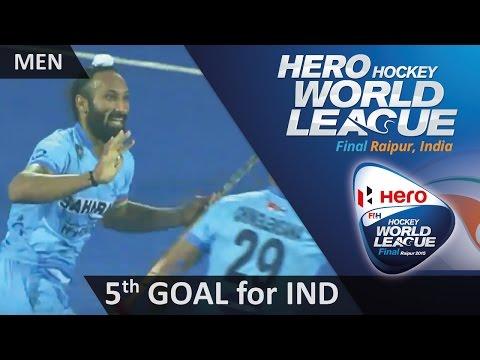 NED 3-5 IND Sardar Singh knocks the ball past Blaak for Akashdeep to score HWL2015 #Raipur