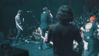 """Touché Amoré - """"I'll Get My Just Deserve"""" (Live)"""