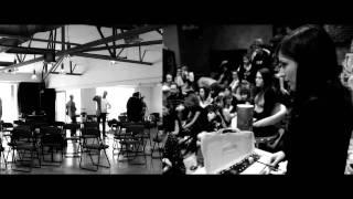 Emerge - Cinco acústicos - 7 de mayo de 2011 - Teaser