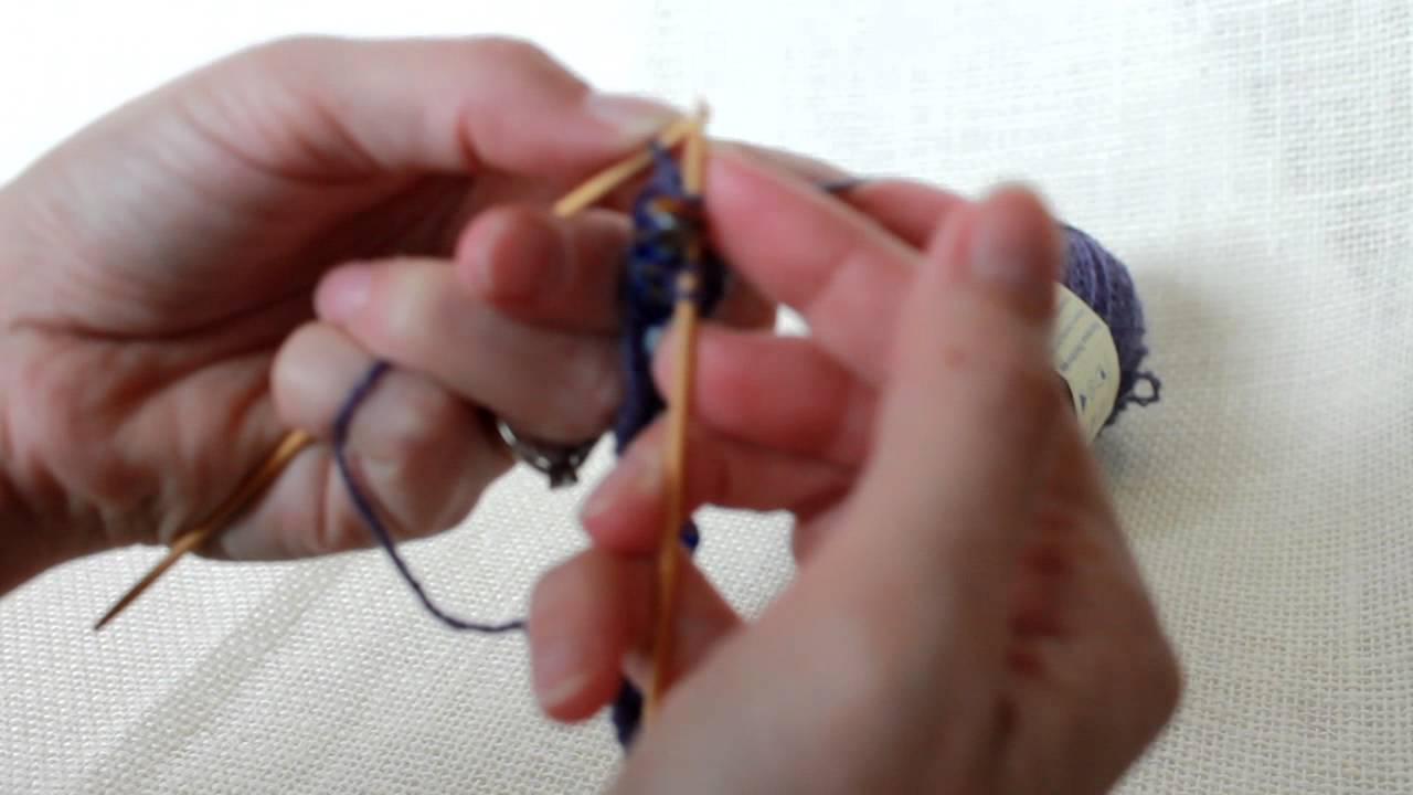 Knit Bracelet Pattern : free pattern and tutorial - knitting beaded bracelet (2) - YouTube