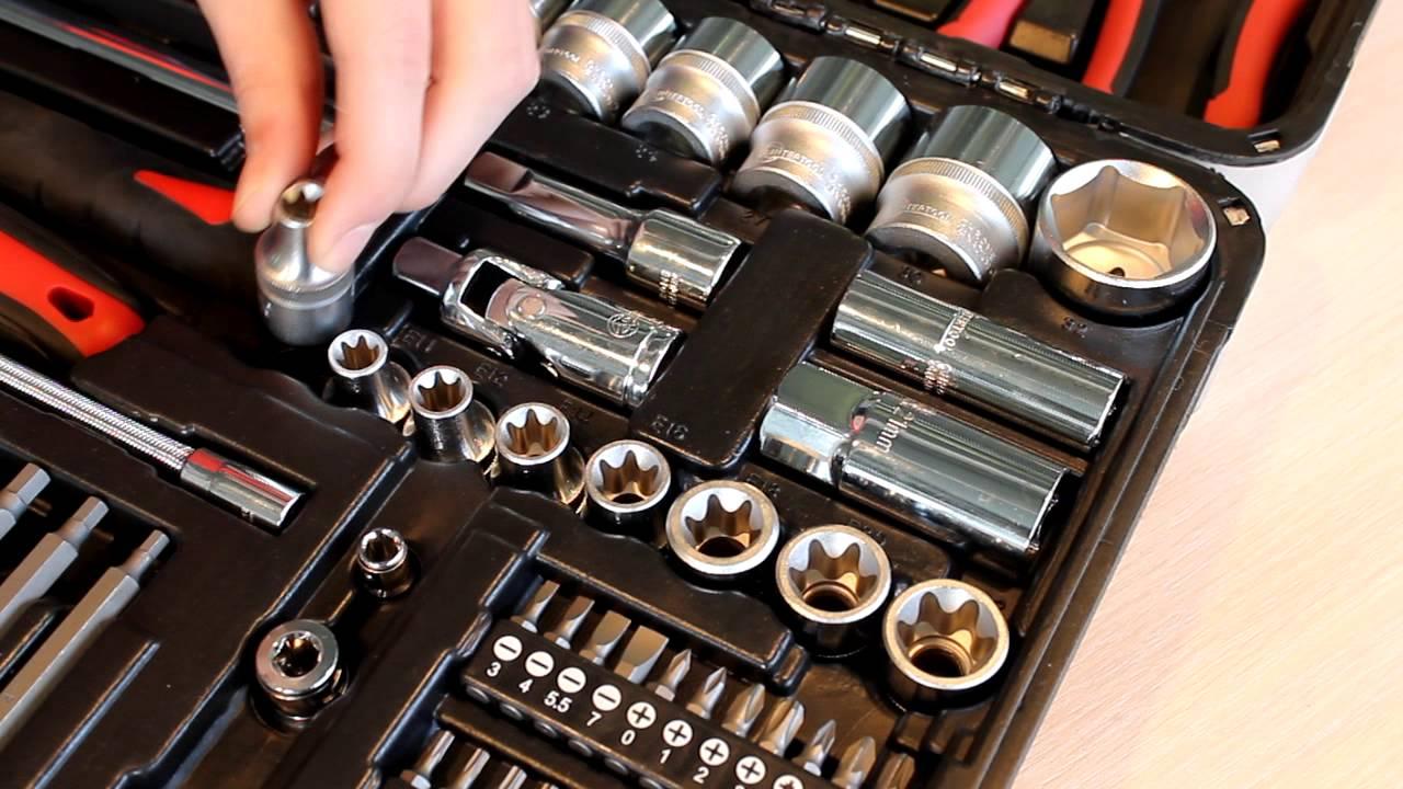 Автомобильный набор инструментов