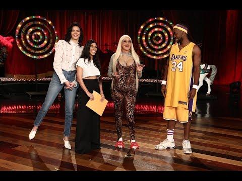 It's Ellen's BIG Halloween Show!