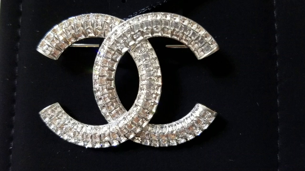 pearl chanel channel pin brooch cc silver