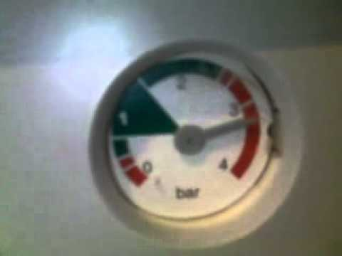 Baxi Combi HE pressure too high. - YouTube