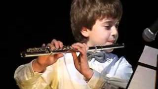 Юный флейтист Дмитрий Красновский