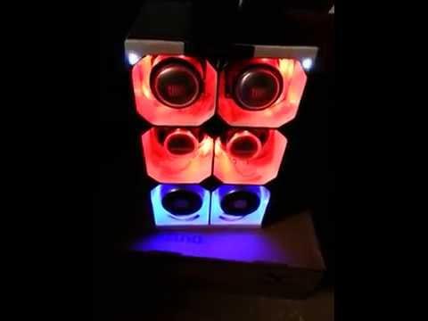 Testando iluminação da caixa do meu mini paredão.