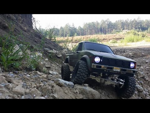 gopro hero first test toyota hilux amewi assemblet crawler. Black Bedroom Furniture Sets. Home Design Ideas