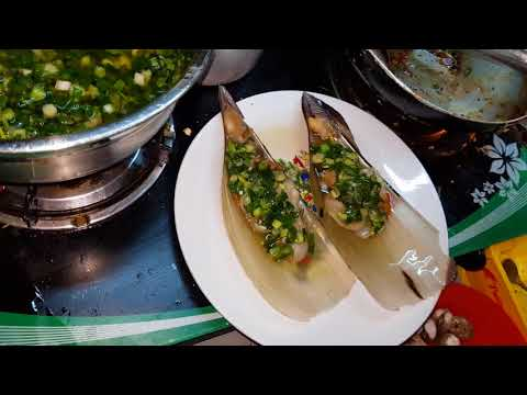 MASSIVE STREET FOOD IN Saigon - Journey To South Vietnam, Ho Chi Minh City