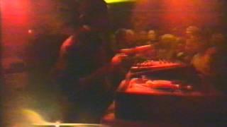 MAN FROM TOMORROW DJ Jeff Mills legt Platten auf