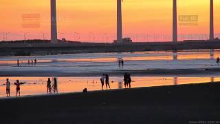 WB0116 2012 07 07 美的因 台中 高美濕地 夕陽 人潮 風力發電 v1   s