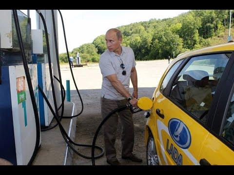 Бензин в 2017 году  подорожает на рубль или больше