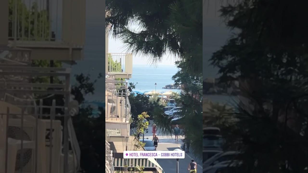 Dall'Hotel Francesca - Gobbi Hotels di Gatteo Mare un saluto al mare