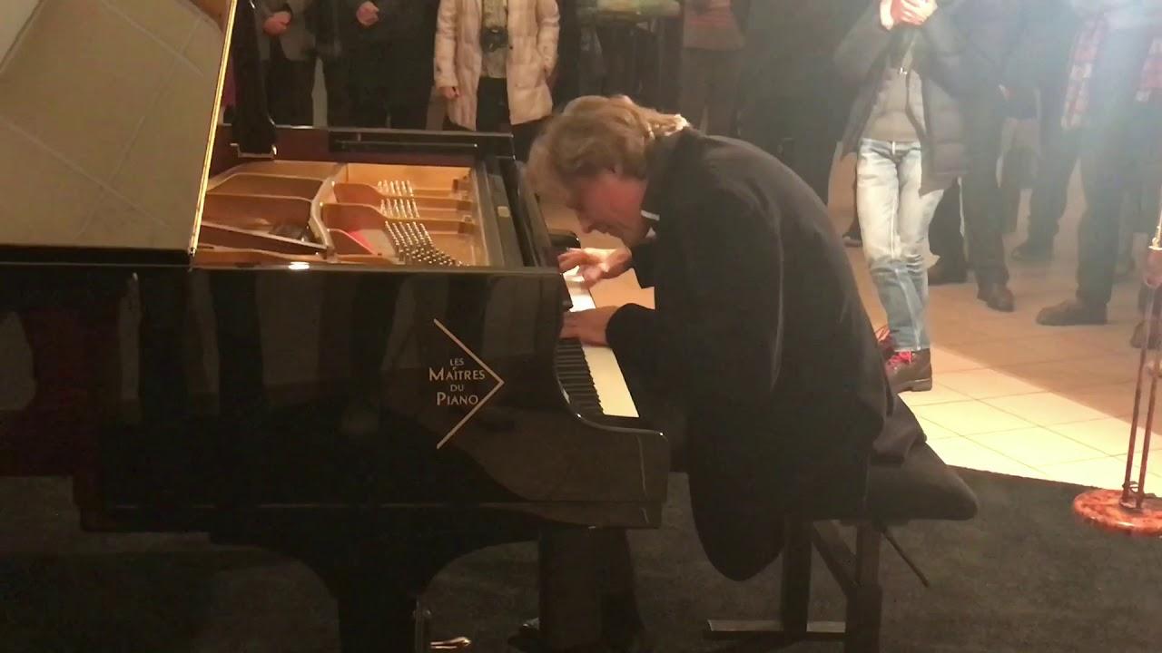Mini concert Dimitri Naïditch (extrait)