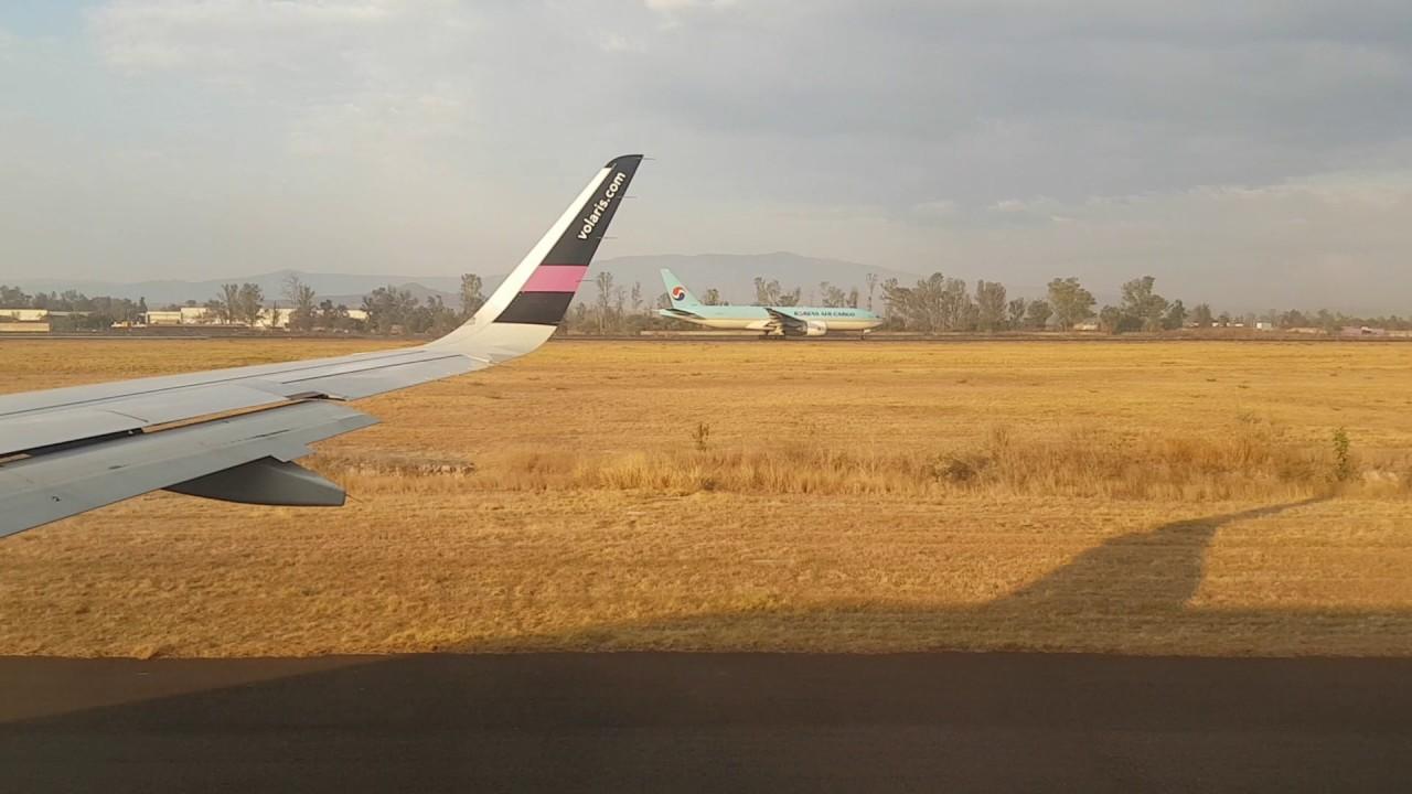 Download Despegando de Guadalajara Volaris Y4 312