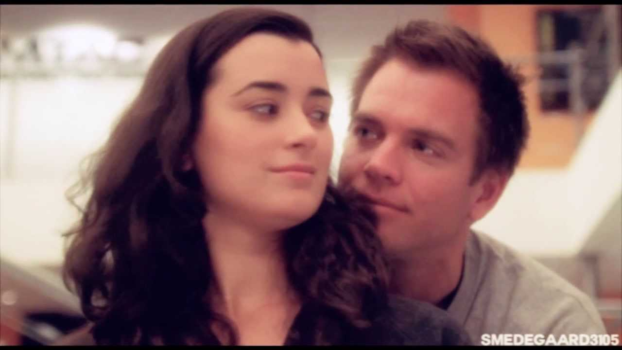 will ziva and tony hook up Ncis-dinozzo-and-ziva-hook-up: ncis dinozzo and ziva special agents tony dinozzo and ziva david have been dancing a will-they-or-won't-they dance since the day.