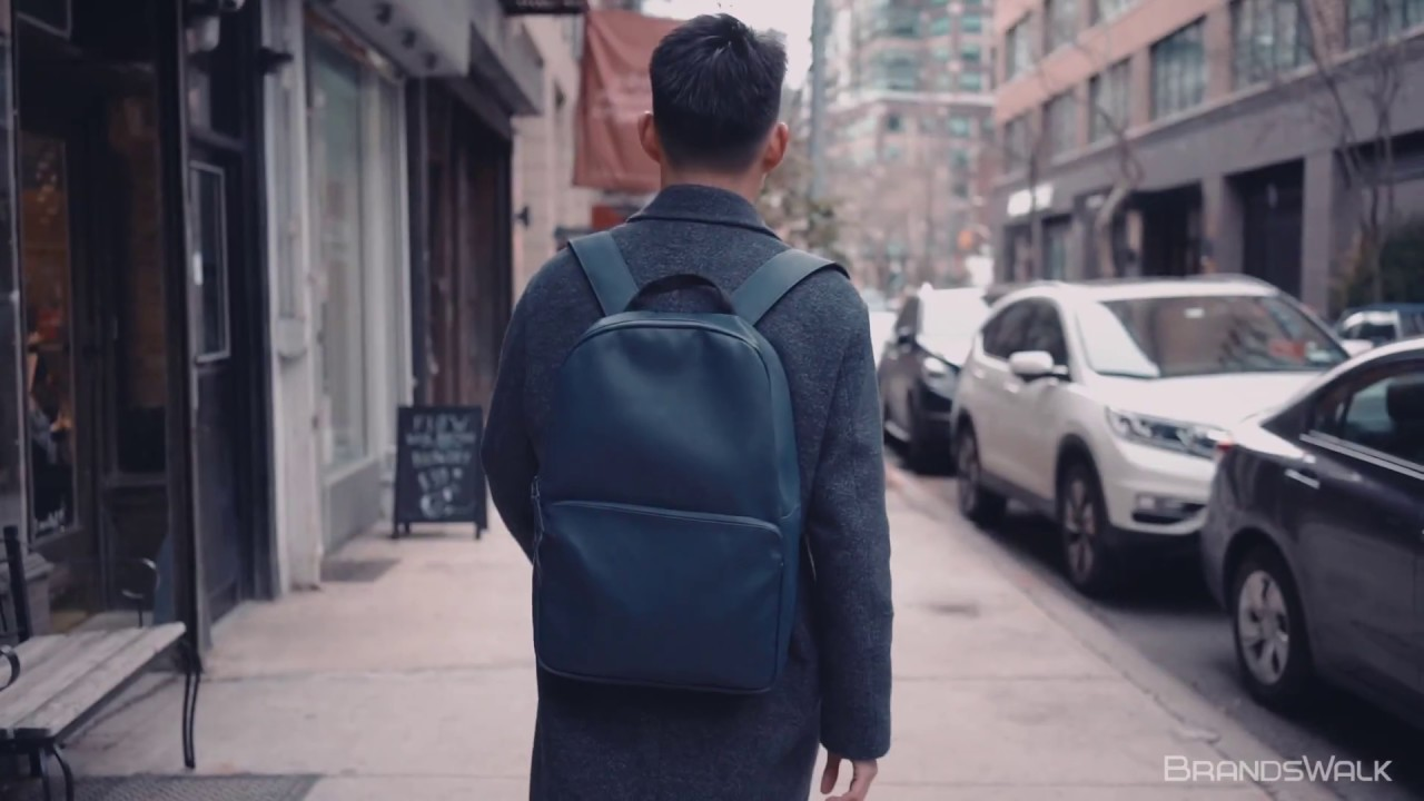 a524bf2142 Hands On Review: Waterproof Minimalist RAINS Field Bag