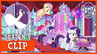 The Mane 6 Prepare the Royal Swanifying Ceremony (Between Dark and Dawn) | MLP: FiM [HD]