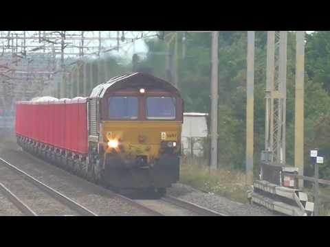UK Freight Trains At Speed 2017