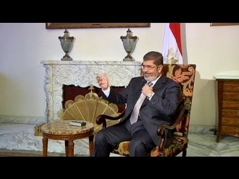Mısır'da kalabalıklar yargıya yetki...