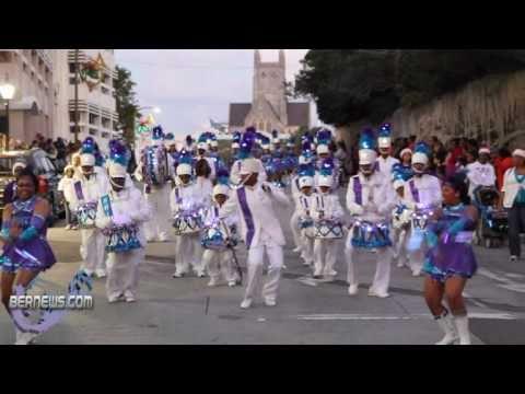2010 Christmas Parade 8 - PHC Drum Corp. & Majorettes
