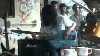 Iwan fals lagu satu (hidup) 1992 di condet