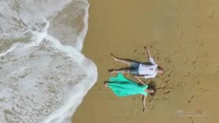 Влюбленная пара на пляже Пхукета, съемка с воздуха