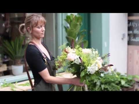 How to Flower Arrange with Floom's Partner Florist, Botanique Workshop