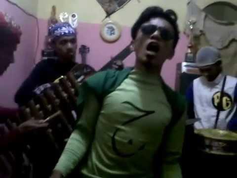 the'garang,,band comedian d't3rong