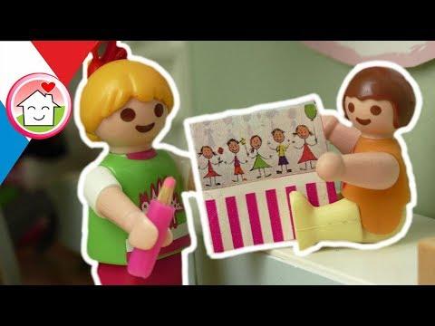 Playmobil En Français Le Livre D´amitié - La Famille Hauser