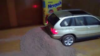 BMW X5 ( RC ) OFF ROAD ON NESQUIK 2