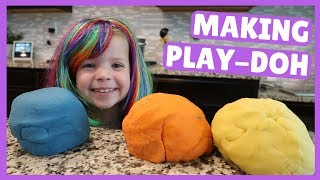 How to Make Homemade Play-Doh !!!