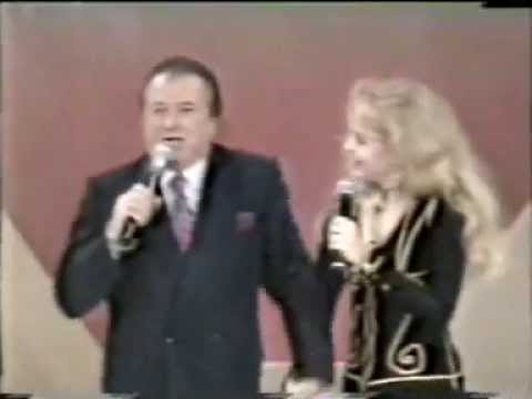 Programa Raul Gil (1993) - Angélica canta Blue Jeans / Flecha de Amor