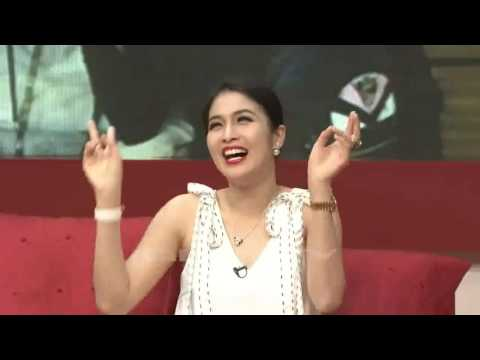 Simak Bagaimana Cara Sandra Dewi Dilamar!