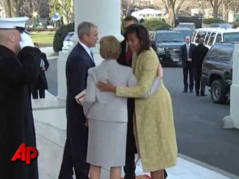 Raw Video: Obama Arrives at the White House