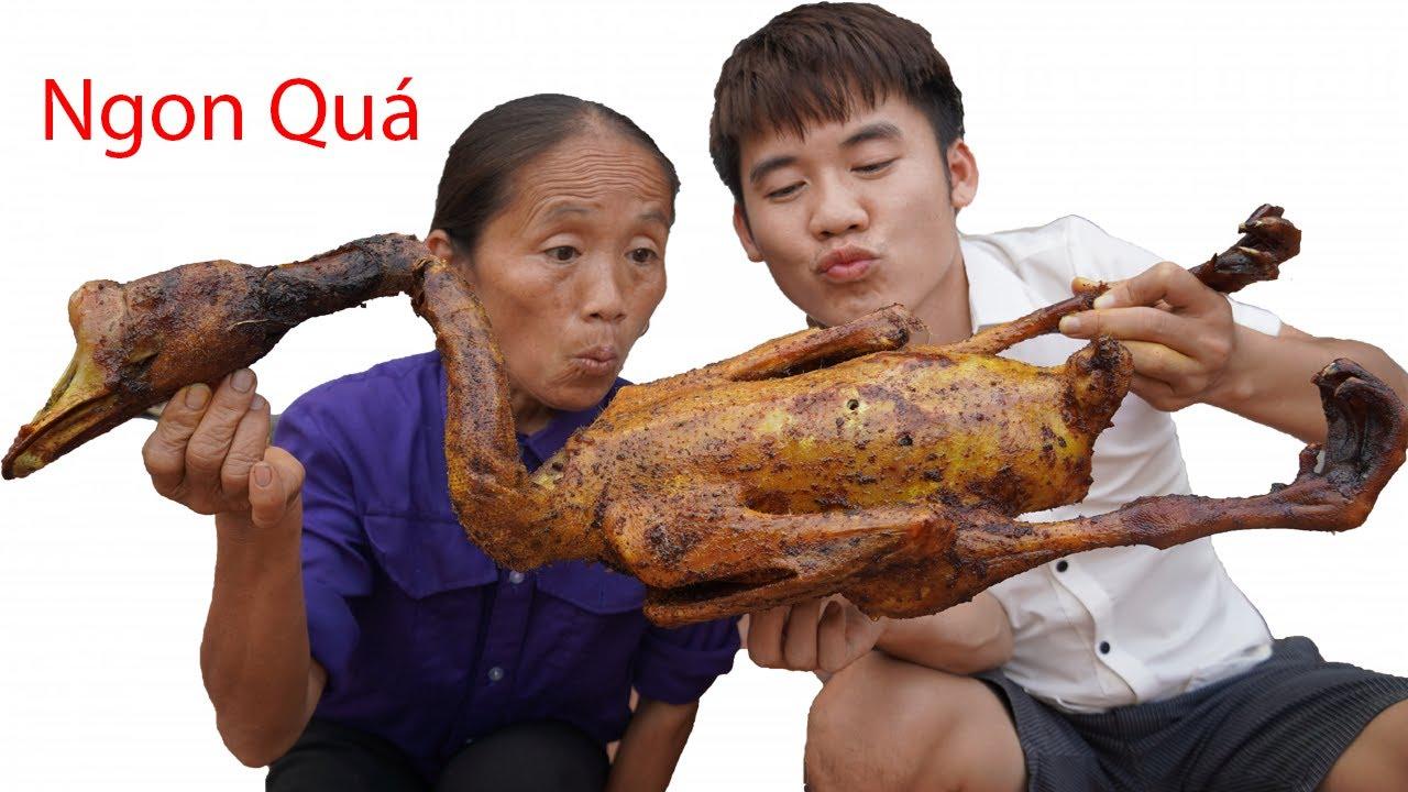 Hưng Vlog - Thách Mẹ Bà Tân Vlog Ăn Con Ngỗng Quay Khổng Lồ 5Kg Thua Phạt 10 Triệu