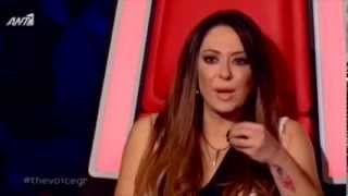 """Βιολέτα   Χριστίνα Ντάγκαλου   """"Μακριά μου να φύγεις""""    The Voice Greece"""