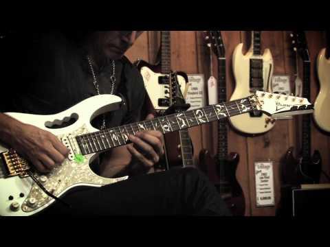 "Steve Vai - ""Building the Church Improv"" Guitar Center Private Sessions"