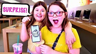 SURPRISING MY BFF WITH A NEW IPHONE! ***Emotional***
