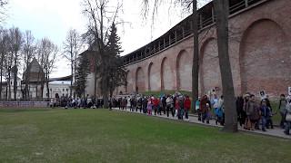 Новгородский  кремль, 9 мая 2017 . Бессмертный полк. Великий Новгород