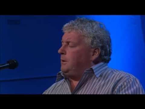 Páidí Mharthain Mac Gearailt - Beauty Deas an Oileáin