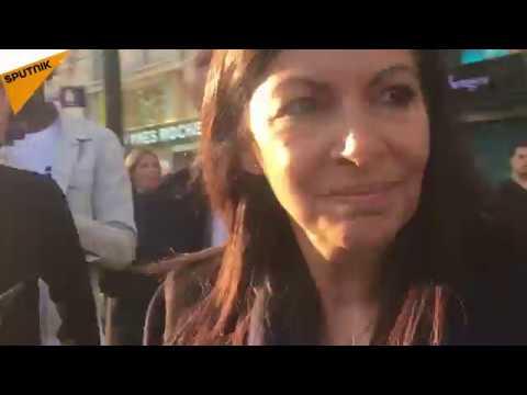 Anne Hidalgo huée sur les Champs-Élysées après l'attaque meurtrière contre des policiers