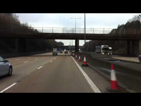 London streets (252.) - Three Bridges (RH10) - M23 - M25 - Wimbledon (SW10)