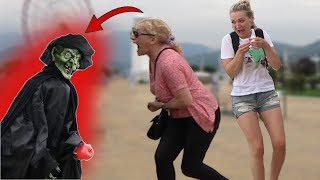 SCARY HALLOWEEN GHOST PRANK #4 👻 - AWESOME REACTIONS