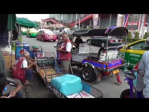 JJ Market, Bangkok. Furniture and Art and so much more