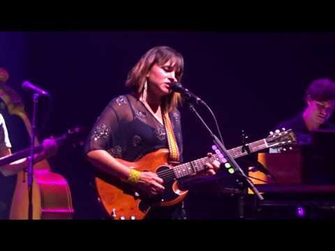 Norah Jones All A Dream Live @u Palais des Sports Paris 2017